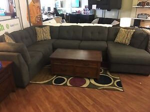 Delta city sectional