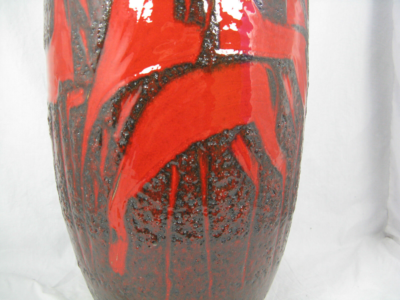 floor vase ebay canada with Cool 70 C2 B4s Design Scheurich Fat Lava Keramik Pottery 362223391033 on Fake Flowers In Vase Silk Flowers In Vase Stock Photo Plastic Flower Vases Walmart furthermore VINTAGE 165 BLENKO 5519 L SEA GREEN ART 131786654387 together with Bn 81051492 likewise Tall White Vase Cool Tall White Vases Tall White Vases Wholesale Remodel Ideas Tall Vase Bell Reversible Vase Beautiful Tall White Vase Canada together with Antique Vase Tokoname 5 Handles Terra Cotta 1850 1899 Japan 112247373242.