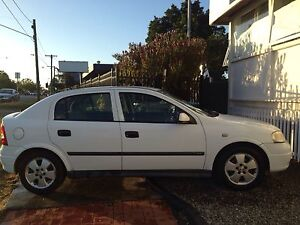 Holden Astra CD 2003 Melbourne CBD Melbourne City Preview