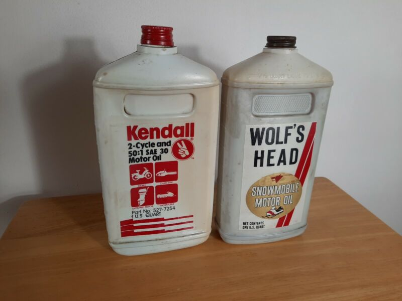 """2 Vintage Empty Oil Bottles  WOLF""""S HEAD Snowmobile & Quaker State Outboard"""