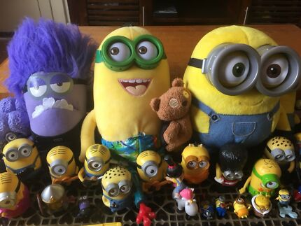 Bulk Minion/Despicable Me Toys