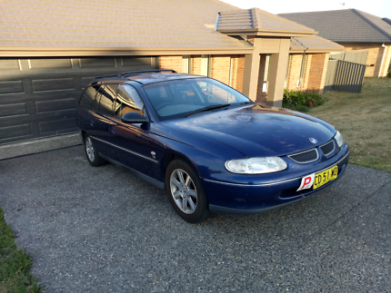 REDUCED TO 900 1999 Holden commodore VT wagon
