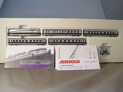 Arnold 0166 Henschel Wegman Zug  DCC digital LEQ10XF kaum gefahren online kaufen
