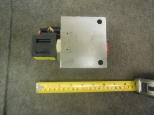 Vickers 02-175109, SV13-20-C-S16T-12BFH Modular Control Valve Housing New