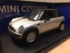 1:18 Autoart Mini Cooper silver
