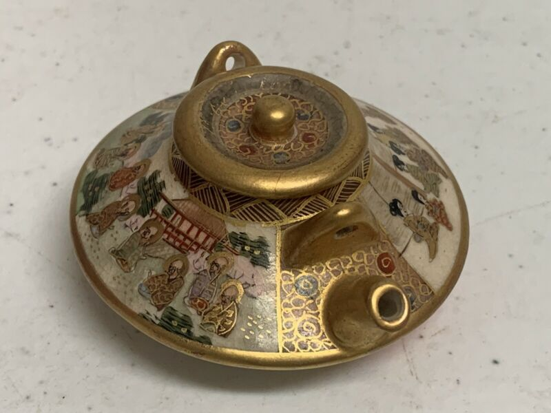 Gorgeous Signed Antique Japanese Miniature Teapot Gold Detail Beautiful With Lid