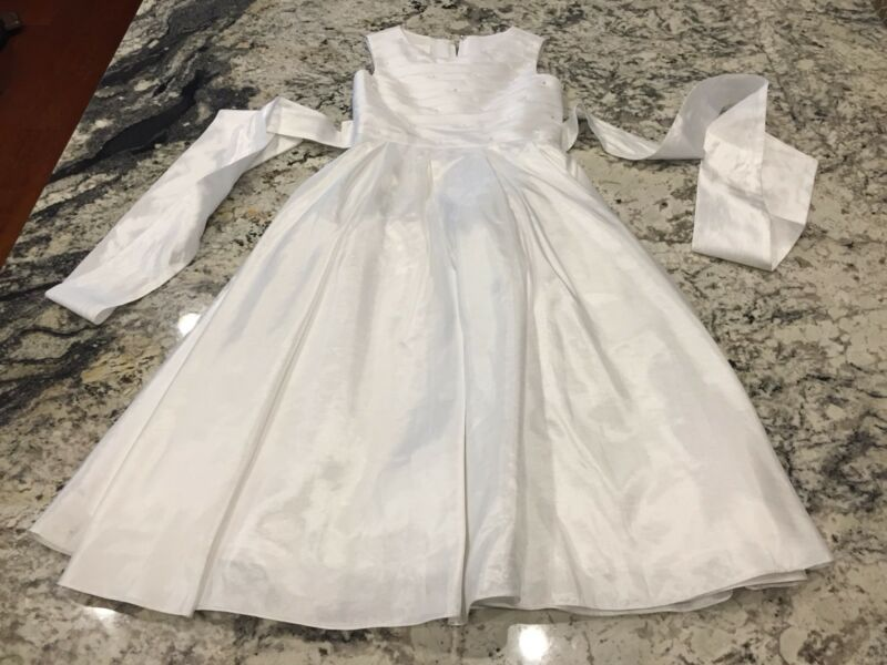 Lauren Marie White First Communion Flower Girl Wedding Formal Dress (Size 8)