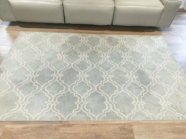 Potterybarn Scroll Tile Rug - Porcelain
