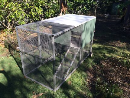 Chicken Coup 'Tractor' $300 ono Chelmer Brisbane South West Preview