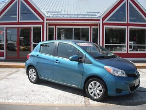 2012 Toyota Yaris 5-Door HATCHBACK BLUETOOTH MP3!! AUTOMATIC AIR