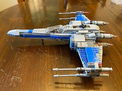 Lego Resistance X-Wing Fighter™ #75149 assembled