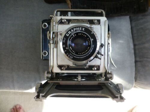 Graflex crown graphic 23 (2x3) with case, expired 120 film, & filters,1954