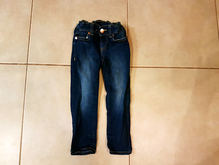 Girl's size 3
