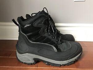 Men's Columbia Snow Boots Size 11