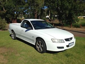 2006 HOLDEN COMMODORE AUTO UTE $3590 with 1 YEAR WARRANTY Leederville Vincent Area Preview