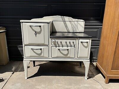 Vintage Antique Authentic Wedgewood Stove Circa 1930's - Works - in Good Shape!