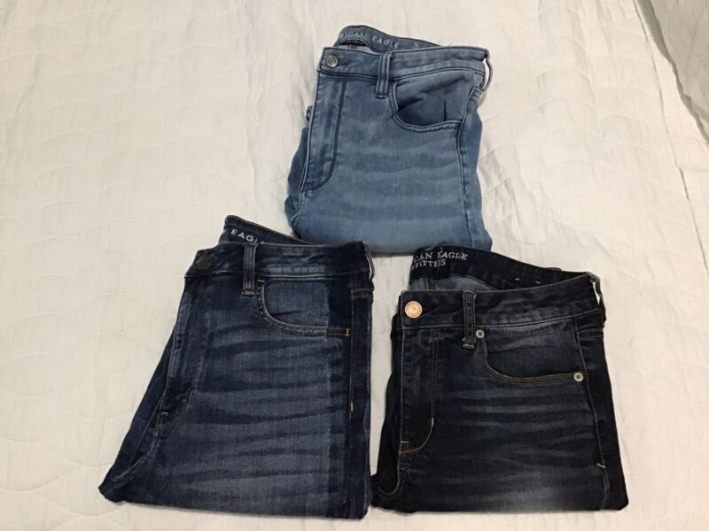 American Eagle Women's Junior Lot of 5 (Super Stretch) Jeans Size 12