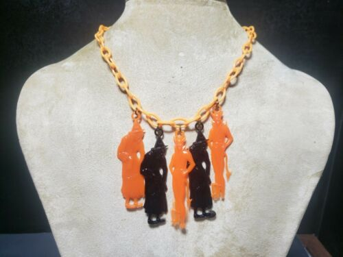 Scary Halloween MULITI Colors  Vintage Plastic DEVILS WITCHES Necklace