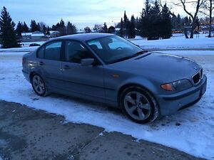 2005 BMW325i for a cruiser