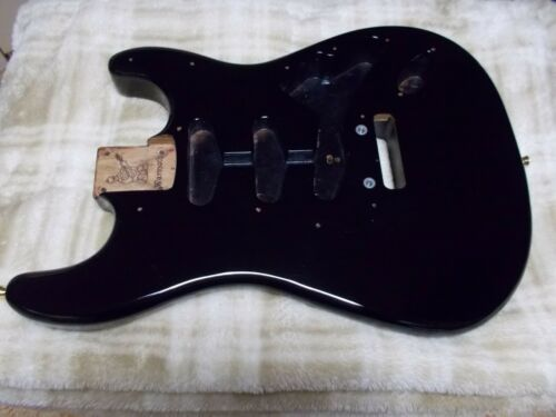 Warmoth Stratocaster electric guitar body Roasted Swamp Ash 3.14 lbs Made in USA