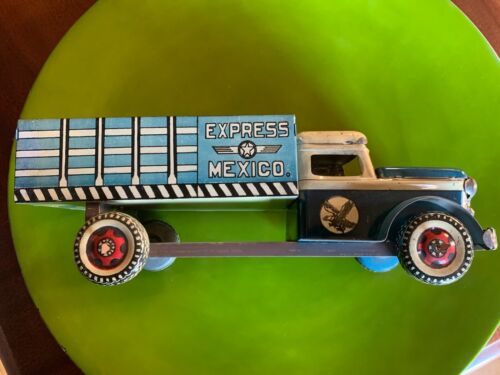 """Unusual & Colorful 1950s Mexican Tin Toy Dump Truck; 12"""""""