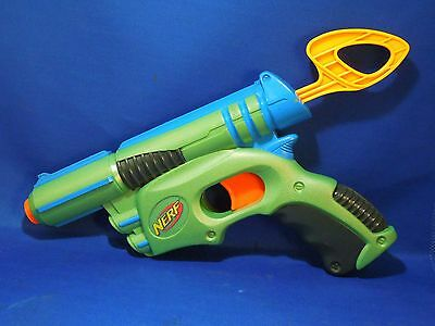Retro 2003 Nerf Tech Target Action Blaster Dart Toy