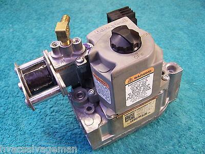 Honeywell Vr8205q2787 2 Stage Gas Valve Lennox 56m40 56m4001 G61 Series