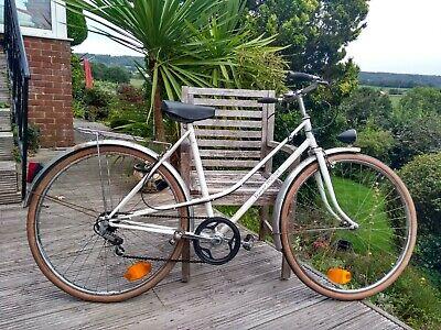 Vintage Raymond polidor 3-speed steel Ladies road bike, light, mixte, smart.