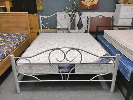 TODAY DELIVERY BEAUTIFUL FRENCH DESIGN Double bed & mattress