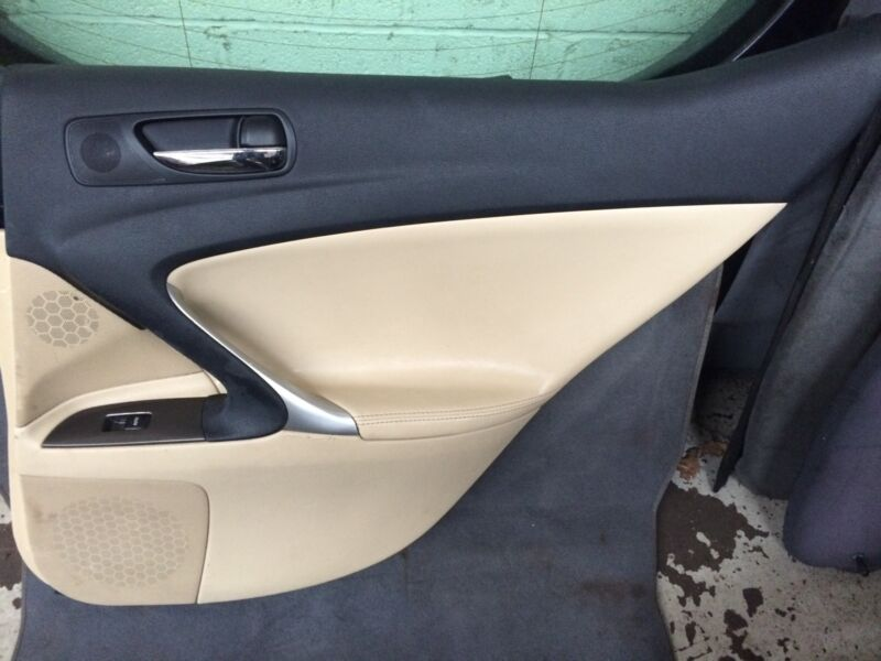 Lexus is 220d 2006 cream leather door card drivers Rear off side