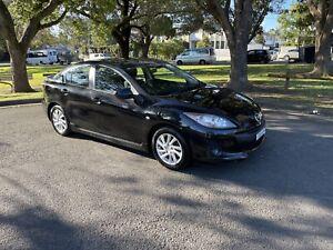 Mazda 3 max sport automatic $11900