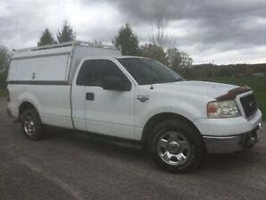 115,000 kms; 2004 Ford F-150; V8; 2WD