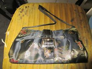 Small Oriental Handbag Campbell North Canberra Preview