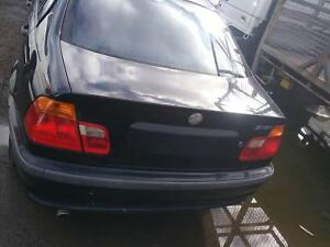 NOW WREAKING bmw 318i e46 black COLOR ALL PARTS 2000 Dandenong South Greater Dandenong Preview
