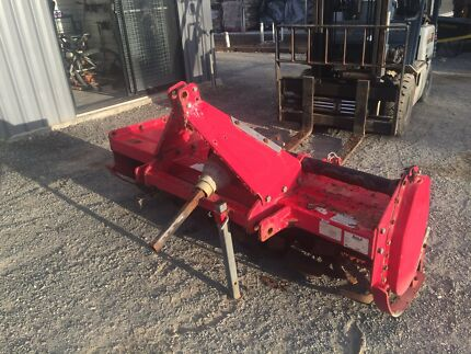 Rough rusty 6ft rotary hoe works well
