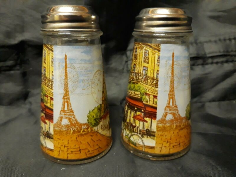"""Sp100 Glass Salt And Pepper Shaker With The """"Eiffel Tower"""" Paris"""