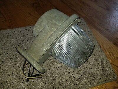 Vintage Used Holophane HD-53 Industrial Barn Lamp Light Lighting street lamp