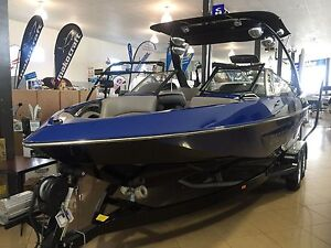 Malibu Wake Setter 21 ( low hour OZ delivered) Semaphore Port Adelaide Area Preview
