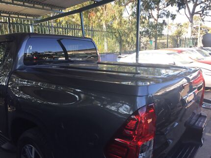 2015 + Toyota Hilux electric sport hard cover dual cab