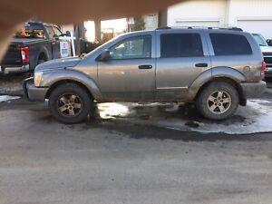 2006 Dodge Durango (lots of new parts)