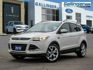 2016 Ford Escape TITANIUM w/PANORAMIC ROOF AND NAVIGATION