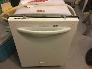 Lave vaisselle kitchen aid 2008 reparable