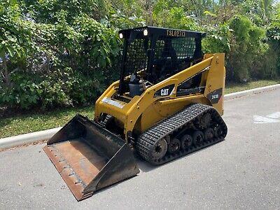 2015 Caterpillar 247b3 - Open Cab - Joystick Controls - Self Leveling - Aux Hyd