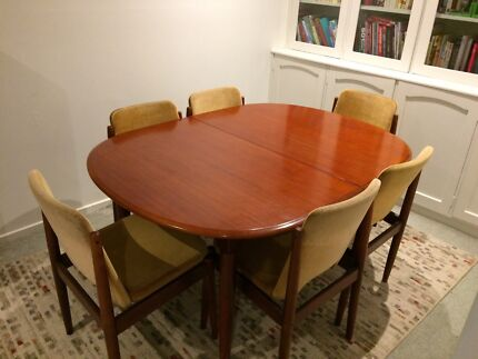 Retro dining table and chairs