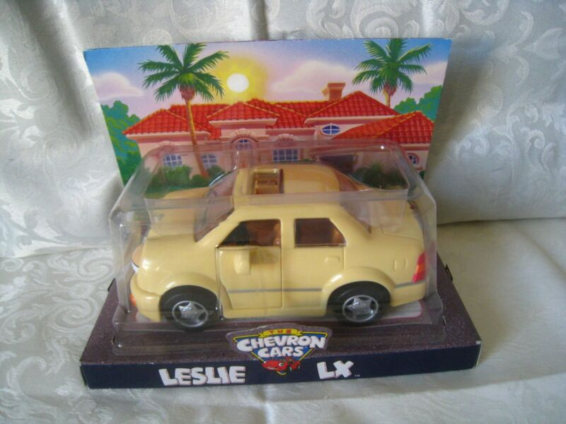 New Sealed Package 1998 Toy Car LESLIE LX Chevron Car