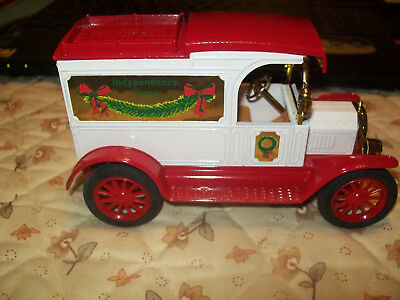 Independence, Iowa Christmas Ertl Bank #9359UO 504 Made MIB Limited Edition