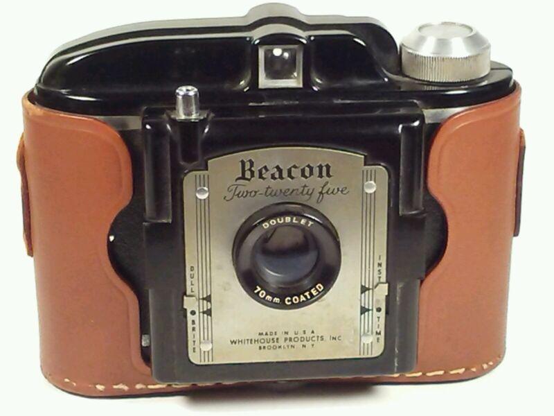 Whitehouse Beacon 225 Film Camera w/Leather Case 70mm Vintage USA