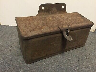 Vintage Antique Tractor Tool Box Go36