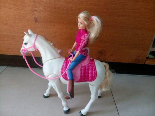 Barbie Traumpferd .... tanzt .... hört auf Kommandos.... mit Reiter und Zubehör