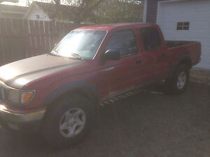 2001 Toyota tacoma----shipping can be arranged---